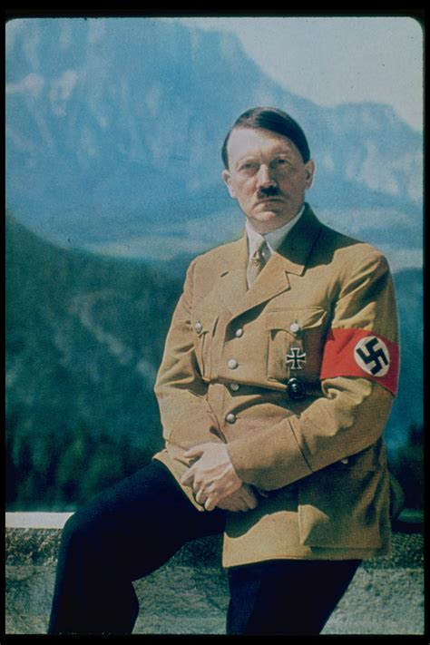 biografi of hitler adolf hitler biography biography com