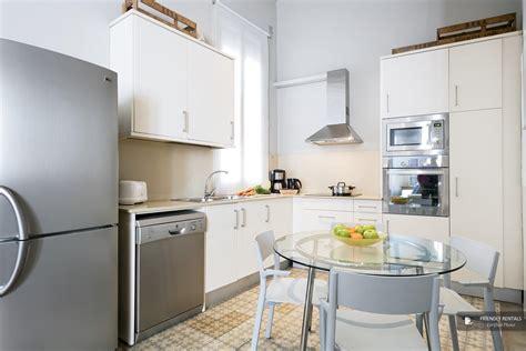appartamenti vacanze a barcellona l 180 appartamento gaudi a barcelona