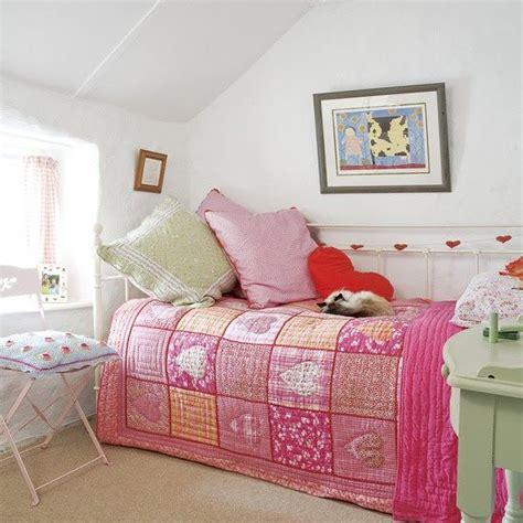 bedroom designs ideas for small bedroom daybed with estilo country infantil para la habitacion de tus hijos