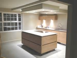 Kitchen Island Extractor Fans We Ve Planned Our Kitchen With A Hob On The Peninsula