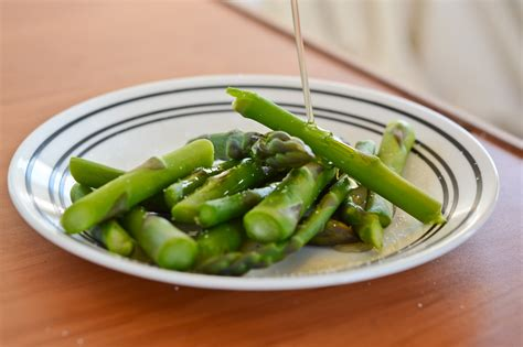 how to cook asparagus on the stove with pictures wikihow