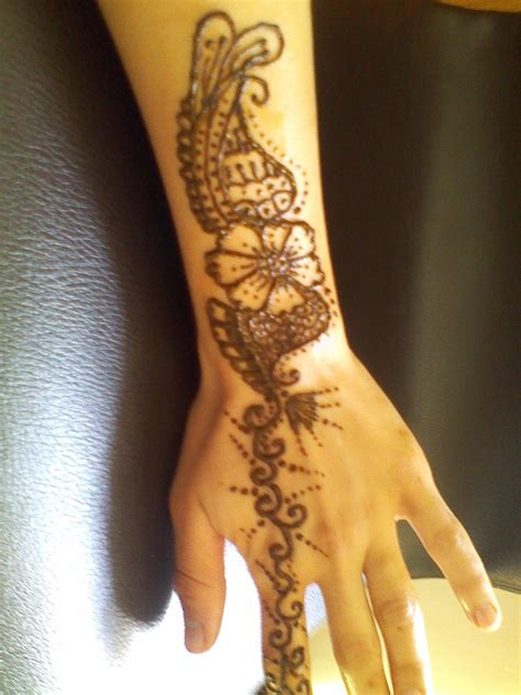 henna tattoos vegas saanm s eyebrow threading henna s in las vegas