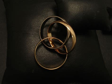 russian wedding ring 18ct gold christopher william