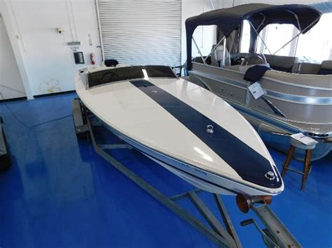 old donzi boats for sale donzi classic 22 boats for sale