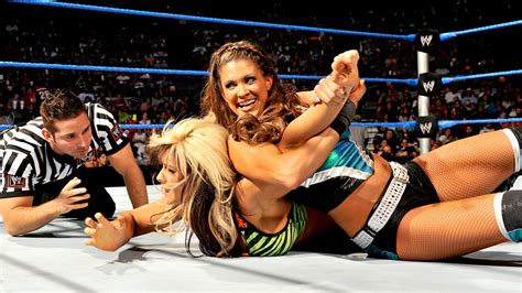 maryse matches new wwe divas chion crowned while former chion quits
