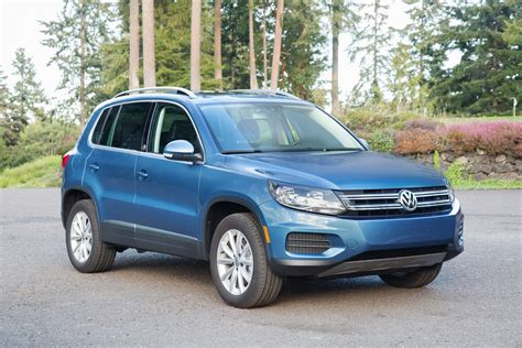 manual repair free 2011 volkswagen tiguan lane departure warning old vw tiguan to be sold in the states alongside new model