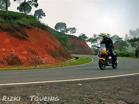 Bettdecke 220 X 220 by Modified Bajaj Pulsar 220 Yellow Adventure Indonesia