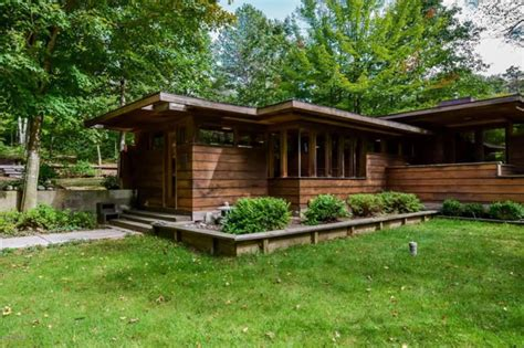 frank lloyd wright inspired homes for sale for sale a michigan house inspired by frank lloyd wright cabin obsession