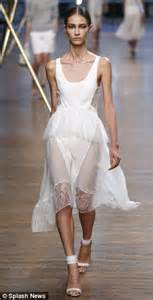 Fashion Week Fall 07 Deco Romanticism Feathers Take Flight At Bcbg Second City Style Fashion by So Showstopping Even The Designer Welled Up Elson