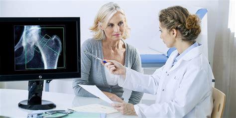 Alimentazione E Osteoporosi by Osteoporosi In Menopausa Cause E Prevenzione