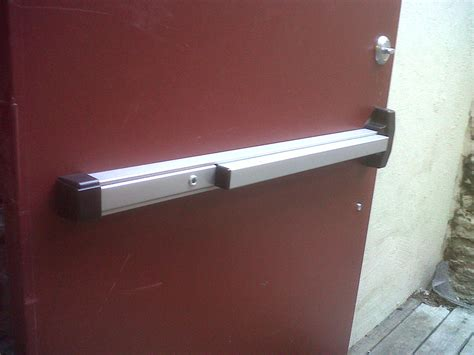 Restaurant Door Repair by Commercial Locksmith Waco 254 876 5585 Waco Locksmith Waco Lockout Service 254 876 5585
