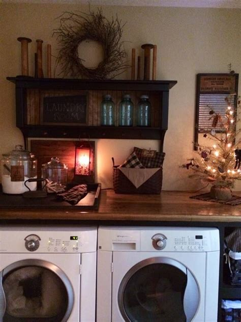 Rustic Laundry Room Decor 25 Best Ideas About Primitive Laundry Rooms On Pinterest Barnwood Ideas Country Laundry