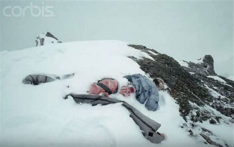 everest film how many died 12 best images about tragedy on pinterest l wren scott