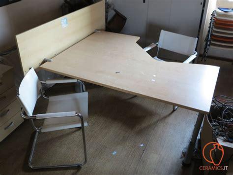 scrivania ufficio usata ceramics apparecchiature usate per ufficio