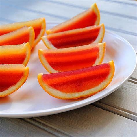 stripy jelly orange wedges with raspberry juice