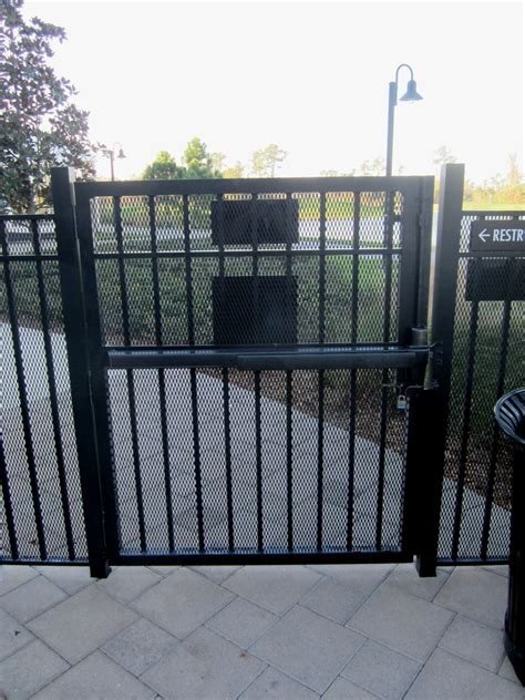inside gates i dig hardware 187 pool gate panic hardware