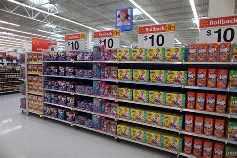 Walmart As Seen On Tv Section by In Weak Economy Wal Mart Expands 10 Promotion For