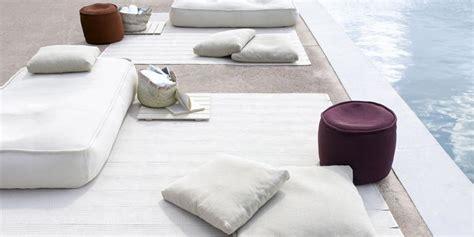 cuscini da terra float di lenti outdoor arredamento mollura
