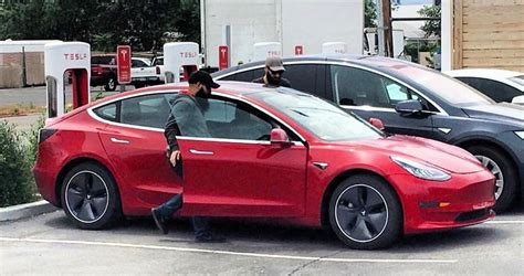 the price of a tesla tesla lowers price of its 100 kwh battery cars cleantechnica