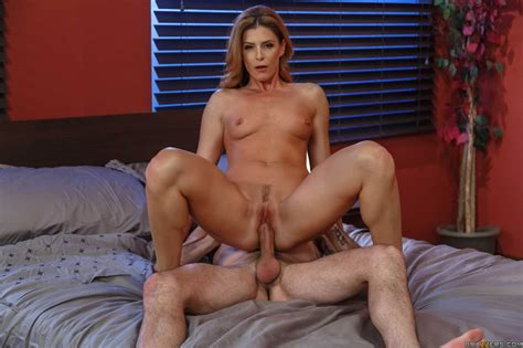 Spicy Milf Getting Fucked By Younger Dude In Bed Photos