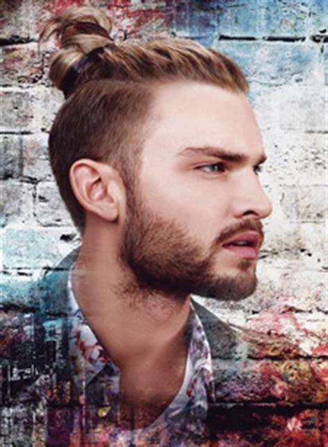 Bewerbungsfoto Tipps Manner Undercut Frisuren Manner Lange Haare Stilvolle Frisuren Beliebt In Deutschland