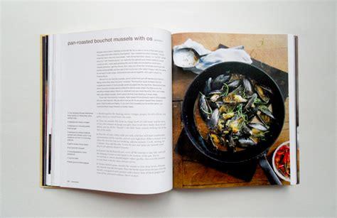 chang books cookbook review momofuku by david chang and meehan