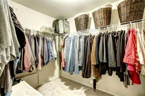 wandschrank inneneinteilung bauen behgehbaren kleiderschrank selber bauen traum fast jeder