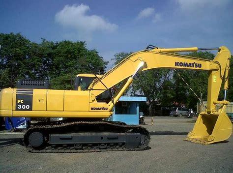 Alat Berat Pc200 Komatsu spesifikasi excavator komatsu pc600 pc350 pc300 pc200
