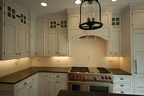 Backsplashes For White Kitchen Cabinets by Top 18 Subway Tile Backsplash Design Ideas With Various Types