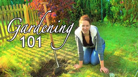 How To Make A Raised Garden Bed Hugelkultur P 1 Flat Or Raised Bed Gardening Building A