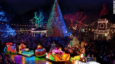 places to go see christmas lights 7 best places to see christmas lights in the usa cnn travel