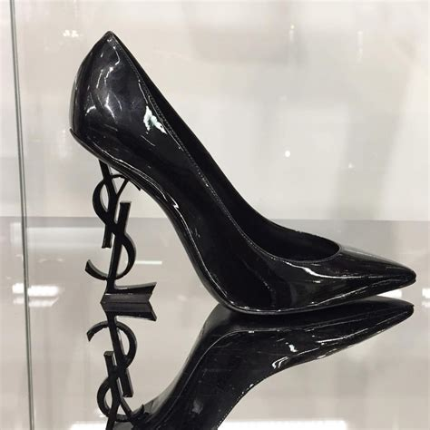 ysl high heels ysl fashion week stiletto pumps ysl shaped heels