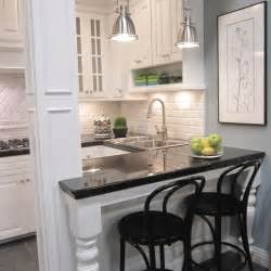 Small Condo Decorating Ideas 25 Best Ideas About Small Condo Kitchen On Pinterest
