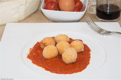 ricette di cucina abruzzese pallotte cace e ove polpette di formaggio abruzzesi