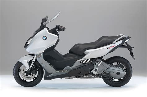 bmw motorcycle 2015 2015 bmw c600 sport review