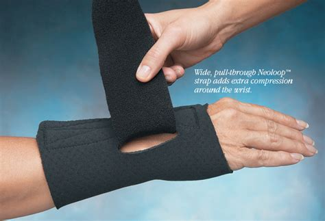 comfort cool arthritis thumb splint comfort cool wrist and thumb cmc splint north coast medical