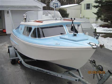 cabin craft boats best 25 cabin cruiser ideas on pinterest cruiser car