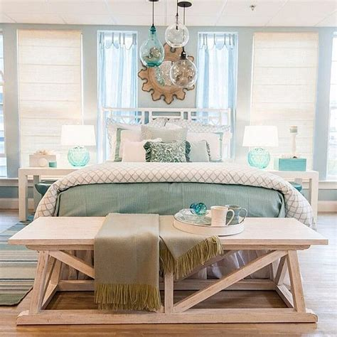 beachy home decor best 25 coastal bedrooms ideas on master