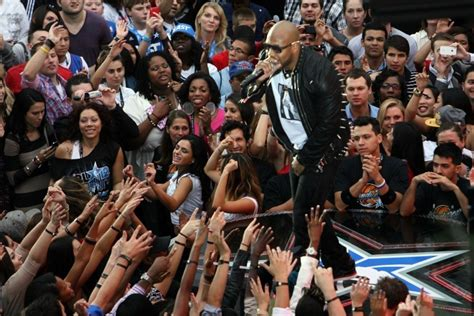 Preforms At The Nba All by Flo Rida Performs At Nba All 305 Magazine Miami