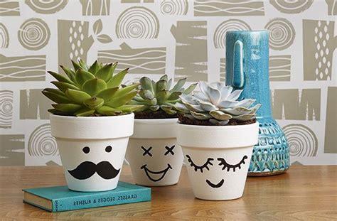 imagenes para pintar macetas macetas decoradas 5 ideas f 225 ciles y baratas para hacer en