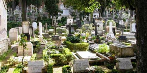 cimitero prima porta ricerca defunti il quotidiano lazio spacciava droga all interno