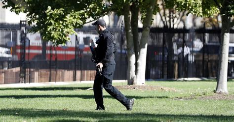 white house lockdown white house lockdown after man with gun on pennsylvania avenue cbs news