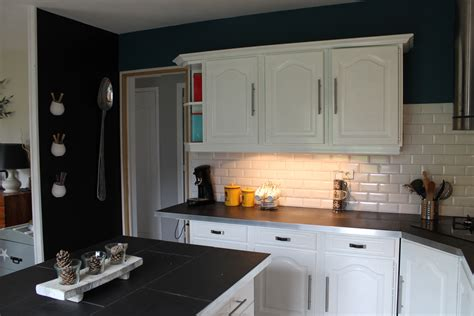 comment r駭 une cuisine rustique opposer les couleurs comment relooker une cuisine