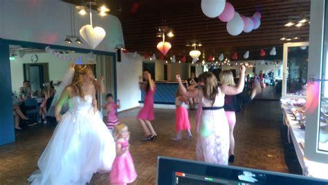 Musik Hochzeitsfeier by Dj Hochzeit Buchen