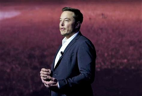 elon musk mars spacex s elon musk makes sales pitch to colonize mars