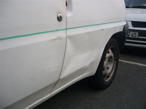 comment redresser une porte de voiture redresser carrosserie voiture demande de conseils pour r