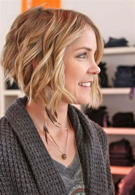 Wedding Hairstyles For Inverted Bob by Best 25 Wavy Inverted Bob Ideas On Medium