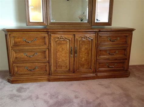 thomasville furniture bedroom sets thomasville furniture french provincial bedroom set large walnut dresser triple