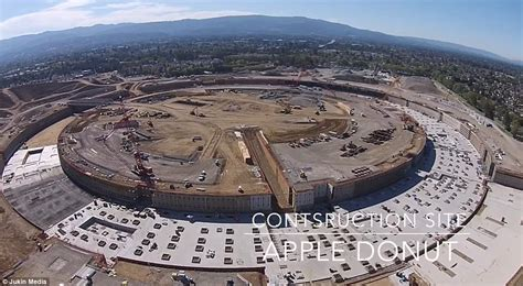 New Apple Headquarters covering 175 acres the company s futuristic campus 2 headquarters