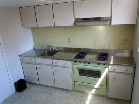 mi cocina es  cuarto tetrico como lo arreglo vivir
